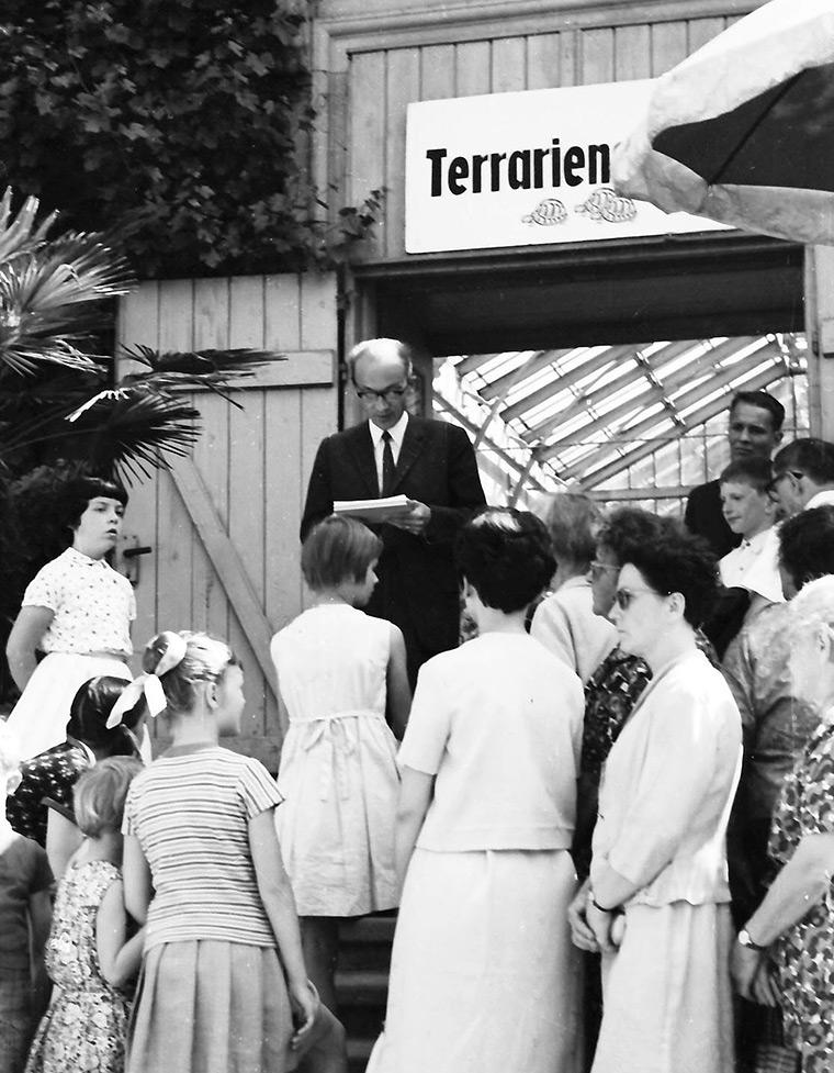 Terrarienschau 1967 vor Eingang