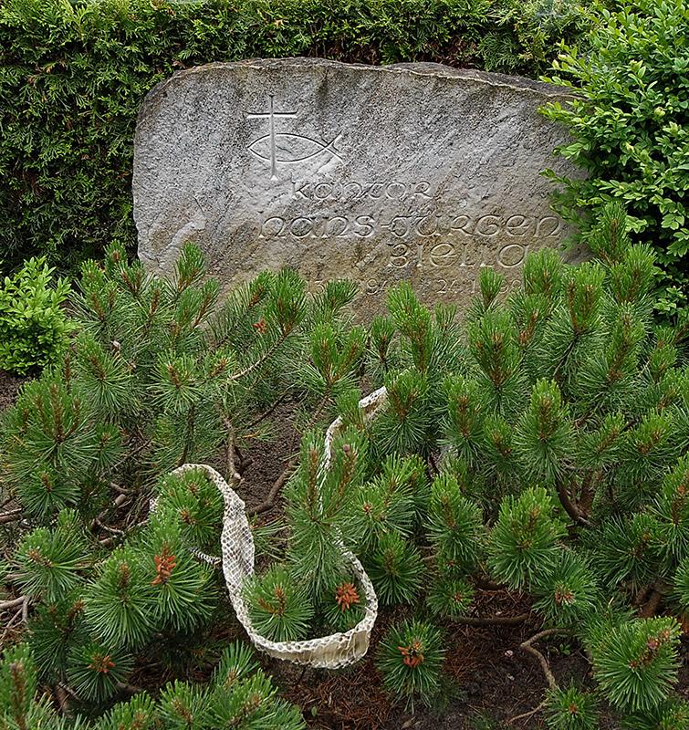 Grab von Hans-Jürgen Biella
