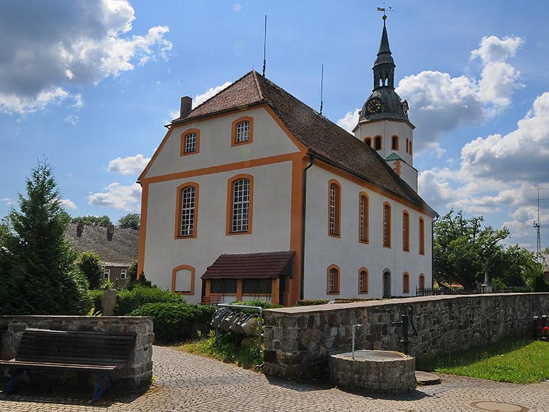 Kirche in Groß Särchen