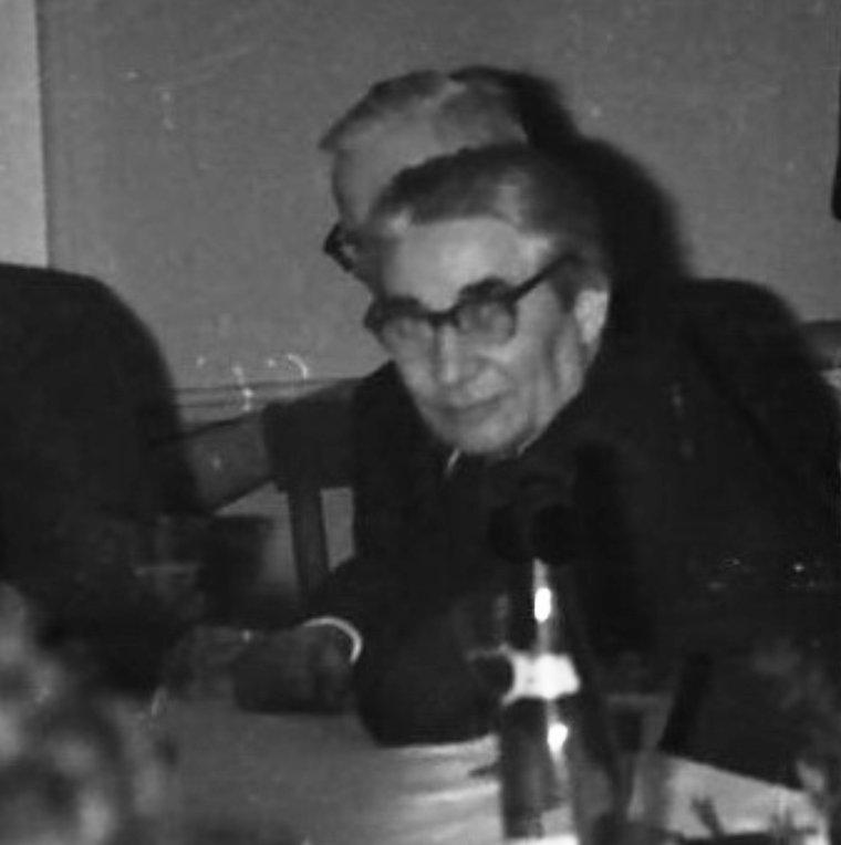 Gerhard Augst